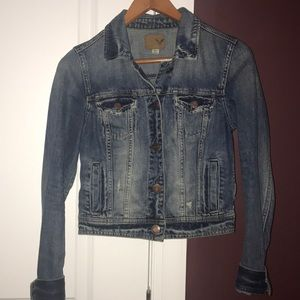 LIKE NEW AMERICAN EAGLE JEAN JACKET